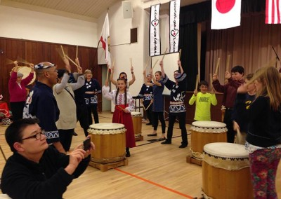 The audience had a chance to learn some principles of Taiko drumming at SWF's Friendship Dinner